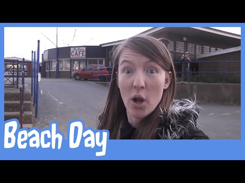   Holiday Vlogs   Skegness - Beach Day [Fri 22nd Aug]