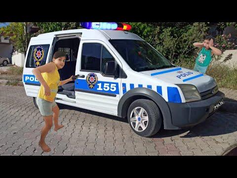Melisa Polis Arabasına Bindi   Polis Arabasından Inmek Istemedi   Polis Sireni