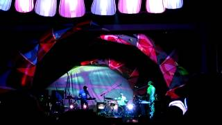 Animal Collective - New Town Burnout / Monkey Riches (live Vancouver 19/09/2012)