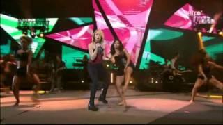 Gambar cover Shakira: Addicted To You / Rabiosa (Remix) (Fan.made) (Live)