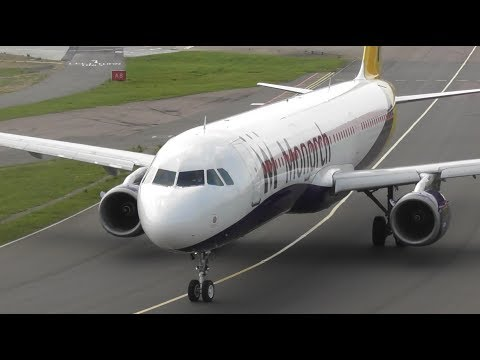 Close up Plane Spotting at London Luton Airport | 14-06-17