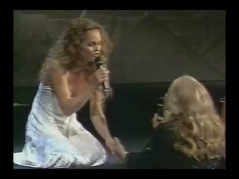 VANESSA PARADIS & JEANNE MOREAU Le Tourbillon de la Vie (Cannes 1995)
