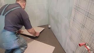 Укладка плитки по диагонали ч.4(В этом видео показаны секреты мастера,как сделать сложную подрезку плитки по диагонали и к стенам,при услов..., 2015-04-11T10:01:21.000Z)