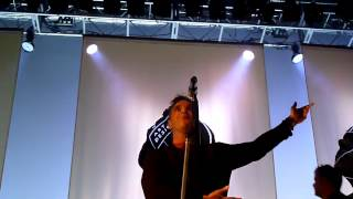 Robbie Williams - Karma Killer LIVE @ Leeds 02 Academy 11.09.2012