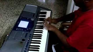 Punnagai mannan theme on keyboard