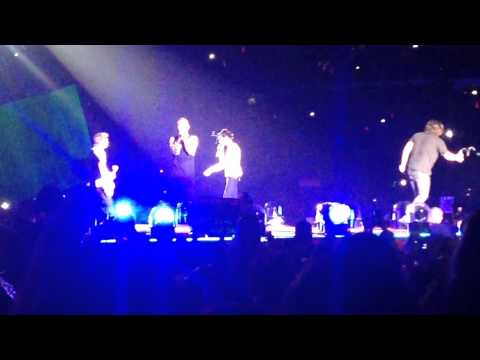 Little White Lies - One Direction - SunLife Stadium Miami - October 2014