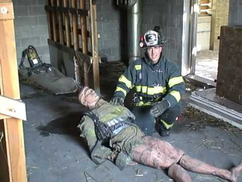 """Firefighter Rescue - """"Columbus Kit"""" for Rapid Intervention Teams"""