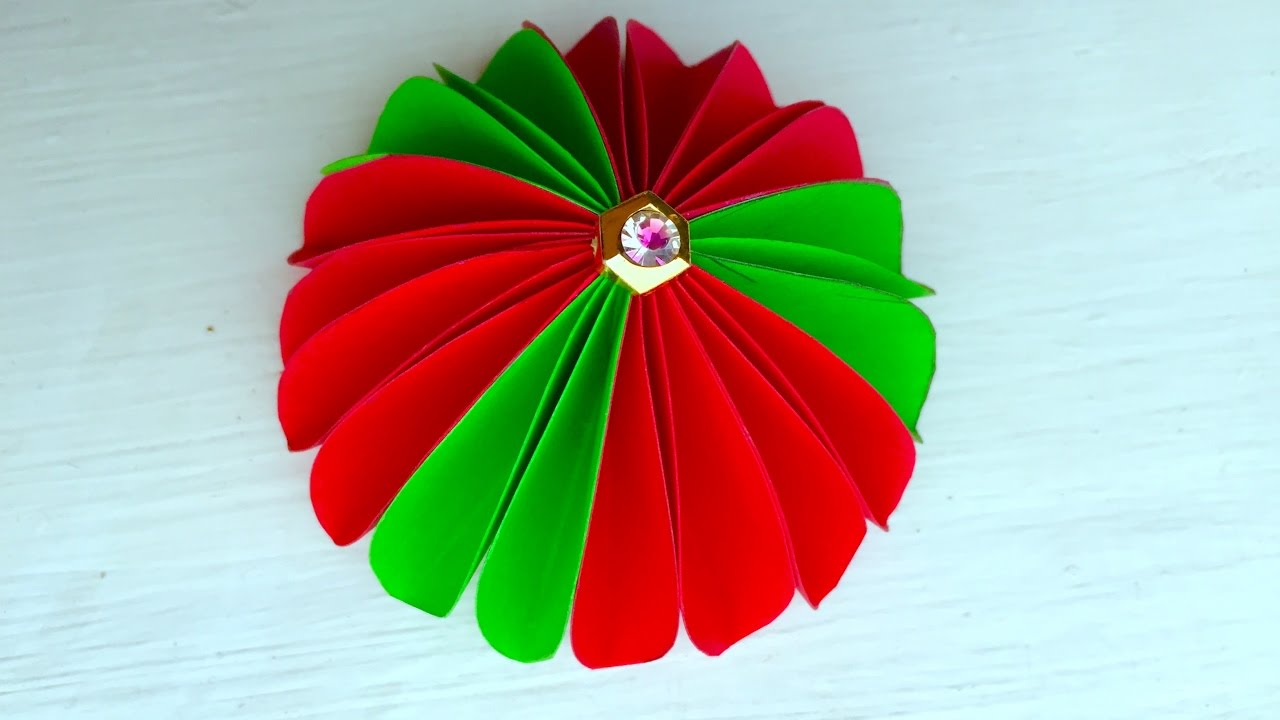 How to make paper flower wall hanging paper flowers for for Flower decoration made of paper