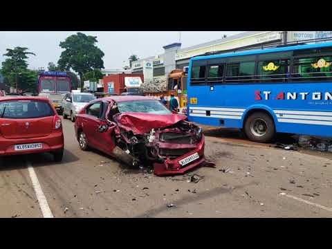 Honda Amaze Accident With Bus