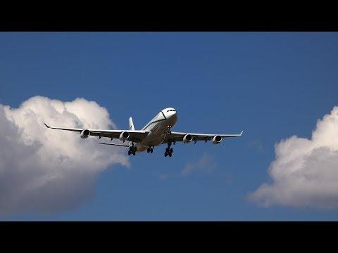 Plane spotting at Calgary Int'l Airport YYC May20, 2018