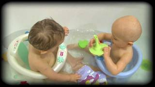 Le bain -- Episode 17 -- Pampers Baby Boom