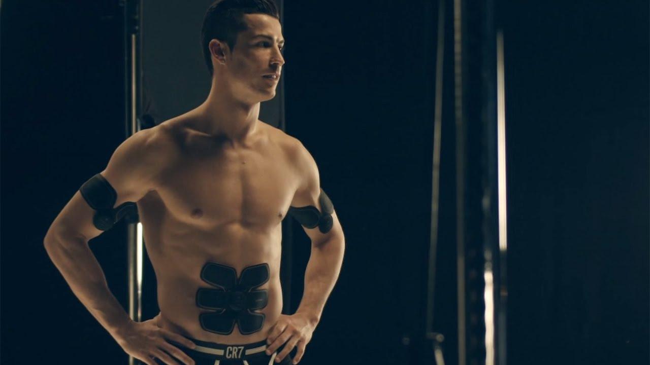 c ロナウド選手 Cmで 美しすぎる 肉体披露 Sixpad 新tv Cm メーキング Youtube