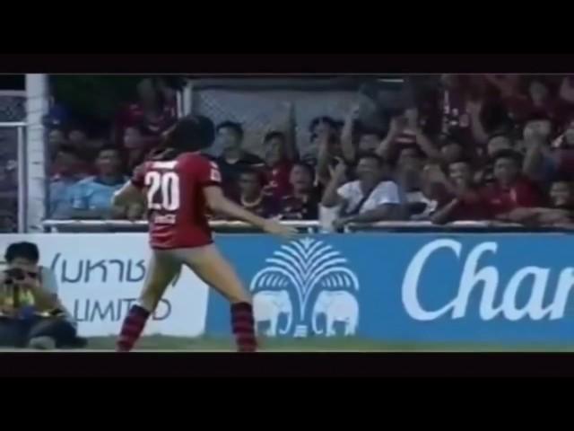 Gole sevinirken rezil olan futbolcular