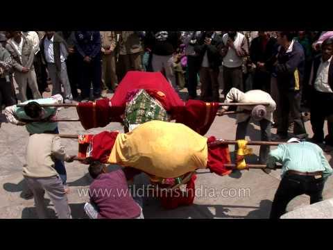 Pleasing the Goddess Ganga: Gangotri temple