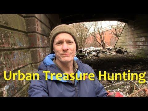 URBAN TREASURE HUNTING!