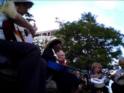 "Foggy Bottom Guitar Orchestra performs ""It's a Long Way to Tipperary"""