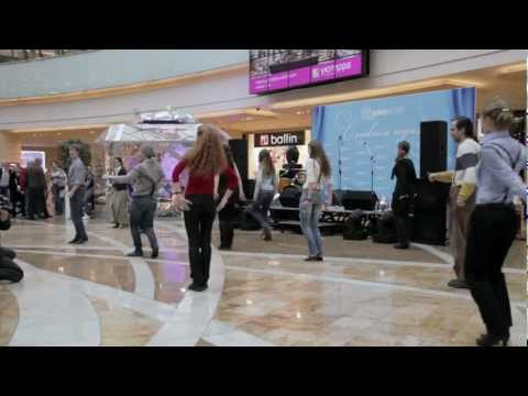Видео: Флешмоб на жестовом языке - театр СинематографЪ и Ко