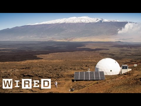 Six Scientists Lived In A Tiny Pod For A Year Pretending They Were On Mars | WIRED