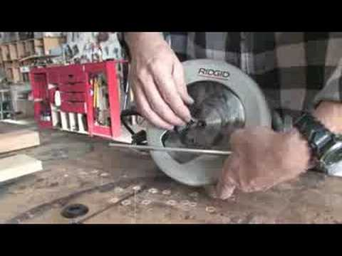 Using a circular saw changing a circular saw blade youtube greentooth Gallery