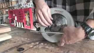 Using A Circular Saw : Changing A Circular Saw Blade