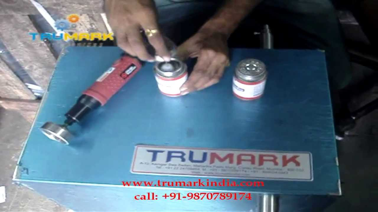Hand Operated Pnumatic Portable Bottle Capping Machine
