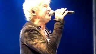 """REO Speedwagon """"Can't Fight This Feeling"""" (Live West Memphis AR 10-18-2014)"""