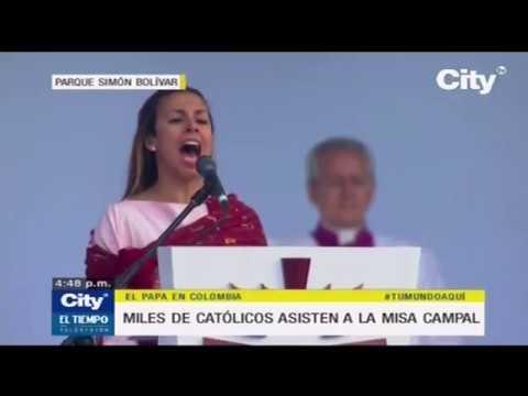 Maia lideró los cánticos en la misa papal l EL TIEMPO