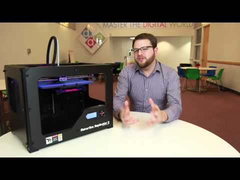 Rob Kissner debuts the DAE's new 3D printer.