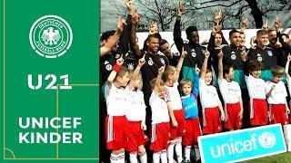 """Die """"U 21 hilft"""" den UNICEF-Kindern! #HERZZEIGEN"""