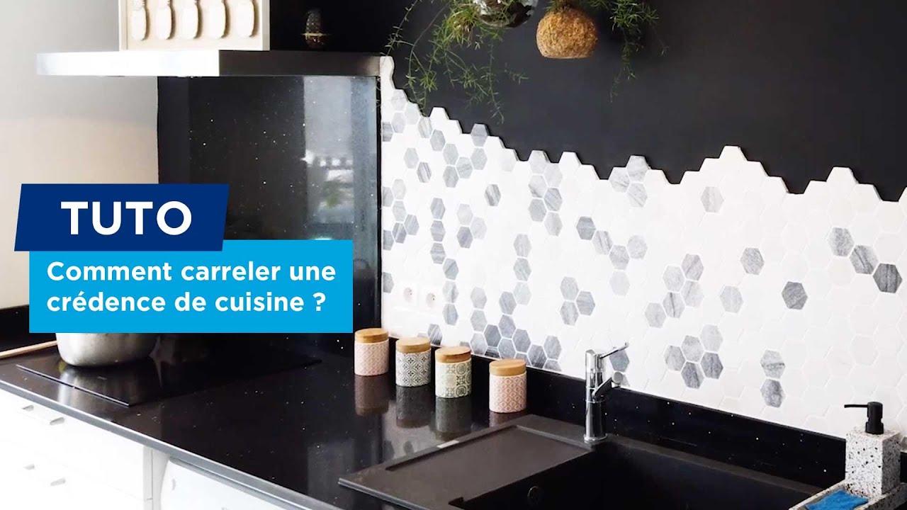 comment poser un carrelage mural pour une credence de cuisine
