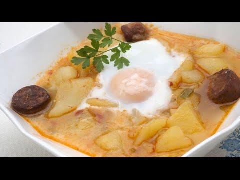 patatas a lo pobre con huevo duro