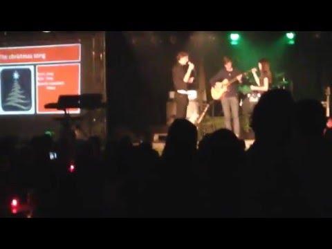 Demi van Garling sings The Christmas Song by Nat King Cole