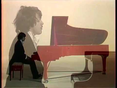 Andrei Gavrilov plays Chopin 12 Etudes, op. 10 - video 1978 best quality