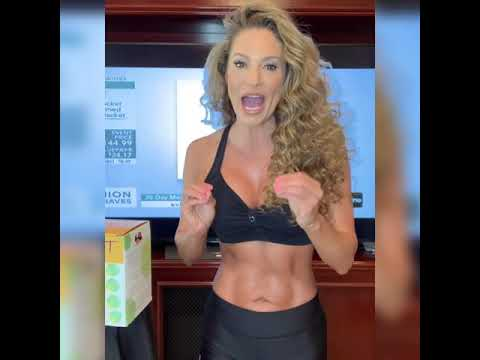 Wellness Expert JENNIFER NICOLE LEE for Premium Diet Bars