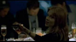 O Amor é um Lugar Estranho (2003)