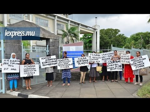 Manifestation des employées de la Mauritius Mental Health Association