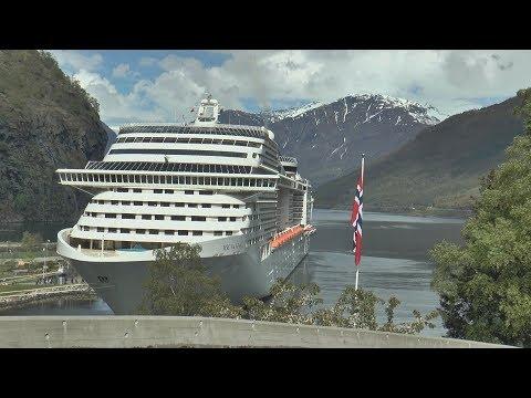 MSC Fantasia in Geirangerfjorden/Sognefjorden til Flam