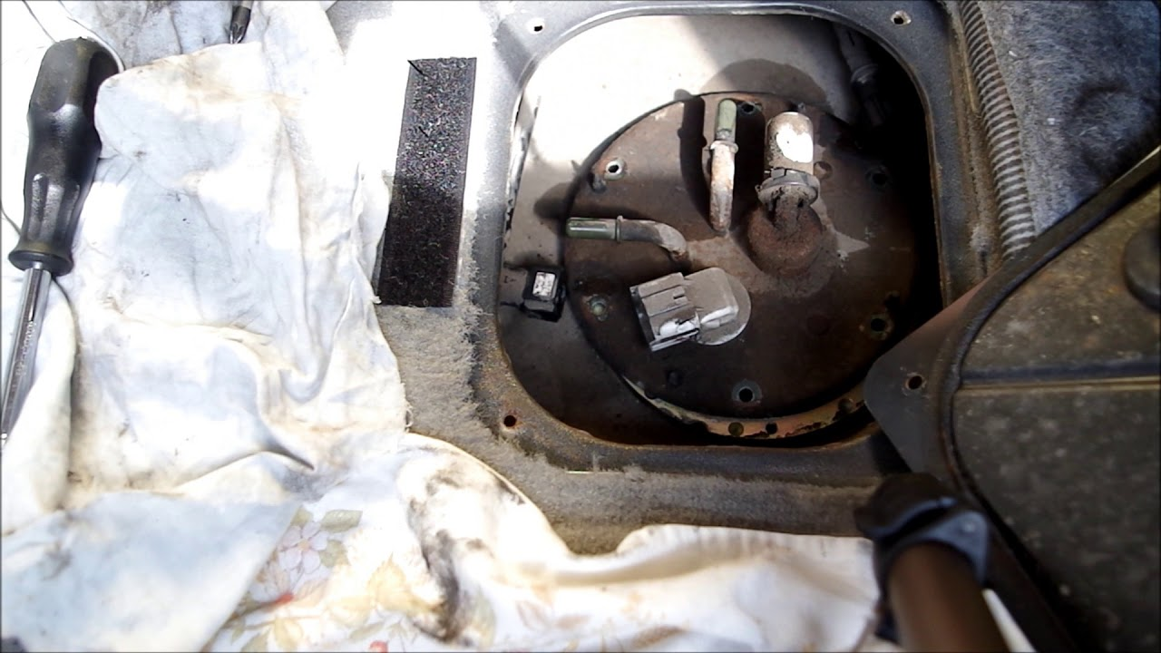 kia sorento crdi 2 5l 2006 fuel pick up strainer blocked causing randon stalling [ 1280 x 720 Pixel ]