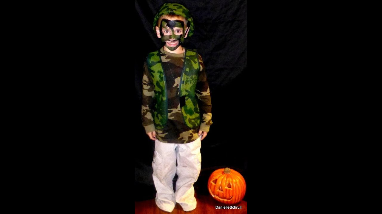 How to make a army costume youtube how to make a army costume solutioingenieria Image collections