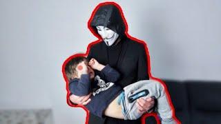 GAME MASTER entführt meinen  kleinen BRUDER !!!