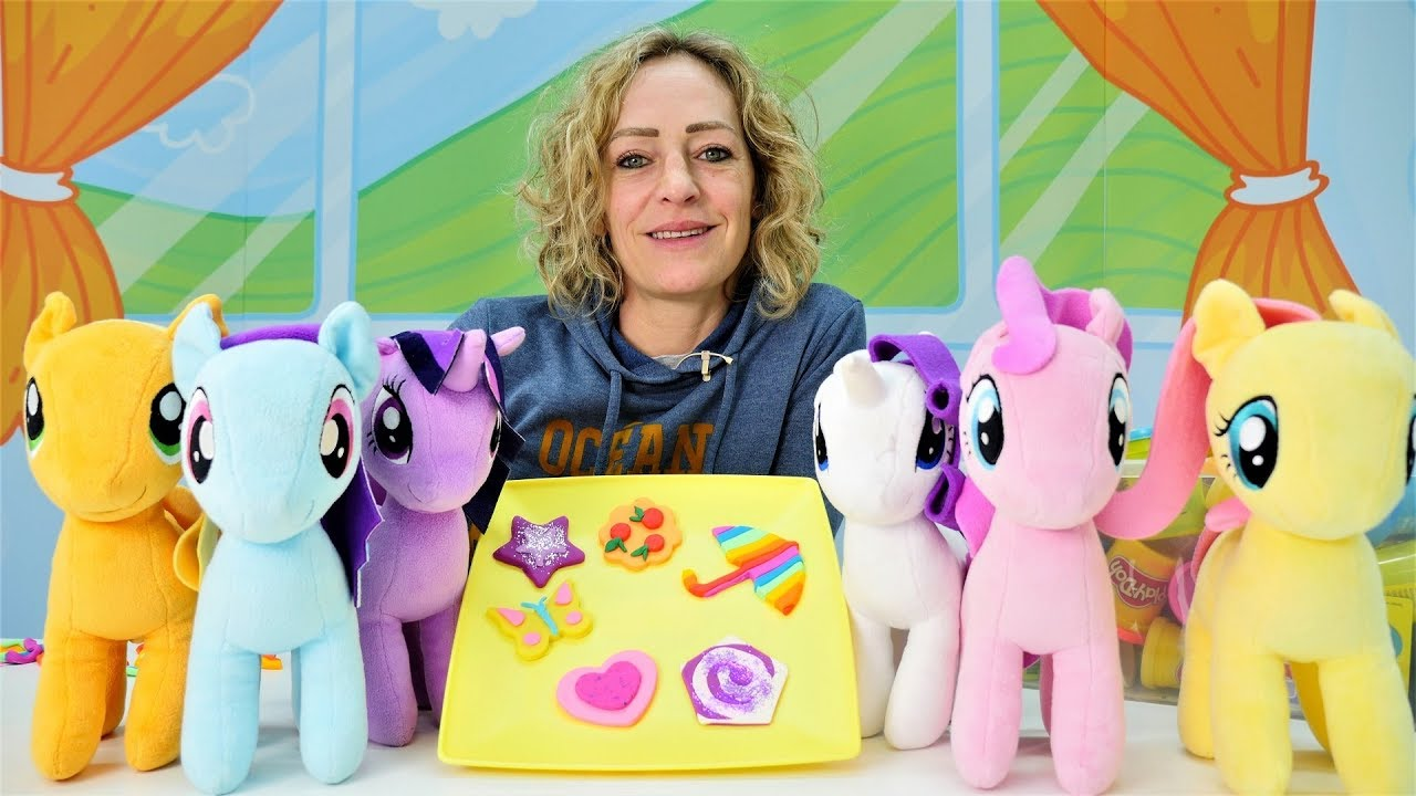 video f r kinder nicole macht pl tzchen f r my little pony youtube. Black Bedroom Furniture Sets. Home Design Ideas