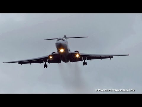 RARE! Kyrgyzstan Government Tupolev Tu-154M ► Stormy Landing at Berlin Tegel Airport [Full HD]