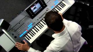Peter Baartmans demos the Yamaha Tyros5 Super Articulation 2 Classical Flute Voice