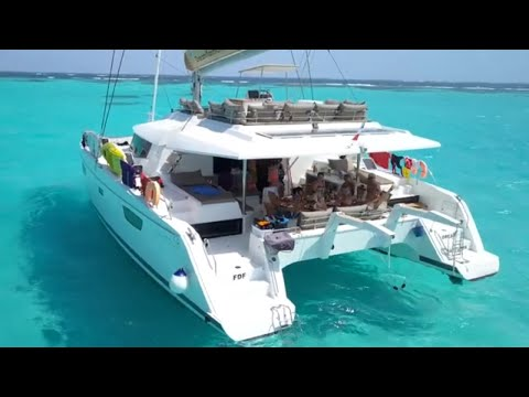 Sailing the Grenadines Islands - Vacations with a Difference | Dream Yacht Charter
