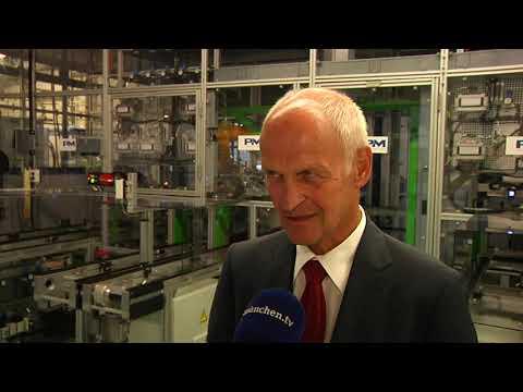 Energiewende - Hubert Aiwanger Startet Roboter Zur Herstellung Von Wasserstoff-Brennstoffzellen
