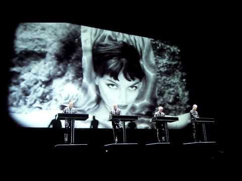 Kraftwerk - The Model (live) @ Saku Suurhall [Tallinn] 2018