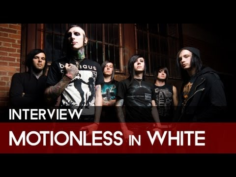 Bloody-Disgusting Interviews Motionless In White At The Rockstar Energy Mayhem Festival