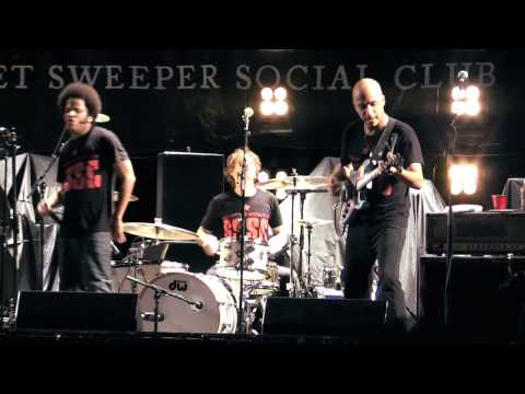 "Street Sweeper SC w/Trent Reznor - ""Kick Out The Jams"" live [HD]"