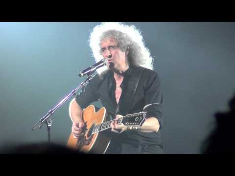Queen - Brain May Solo Acoustic - Somebody to Love and Love Of My Life