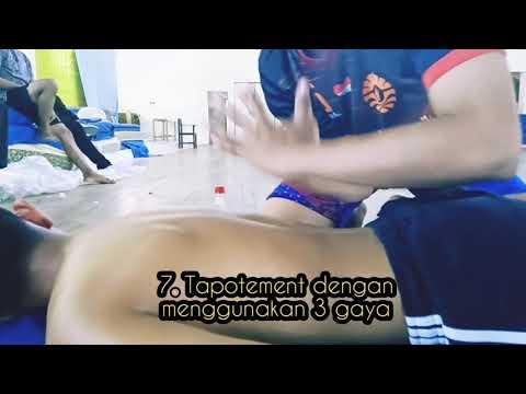 Massage sport pada bagian punggung di yakin langsung segar!!